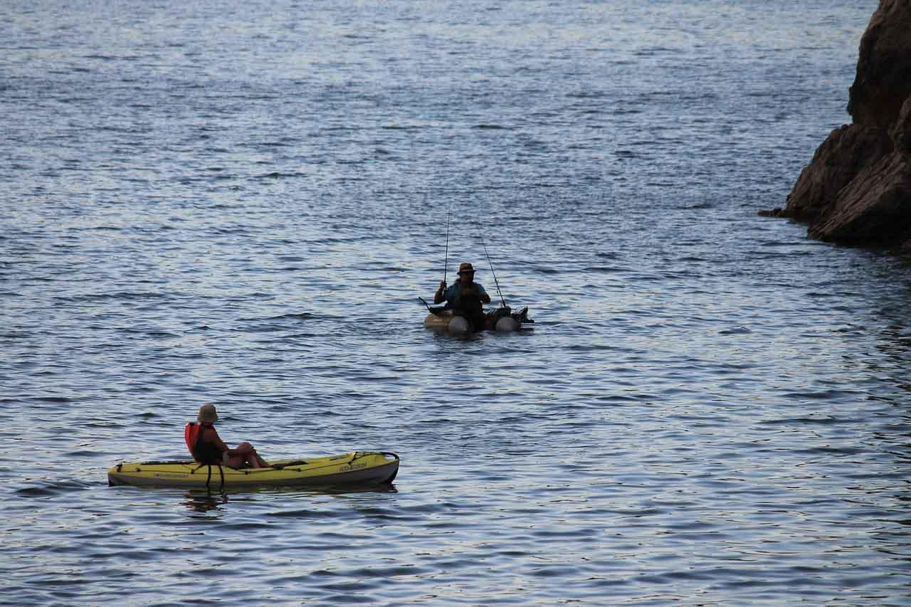 Kayak Fishing 101: 5 Essential Kayak Fishing Tips for Newbies 1