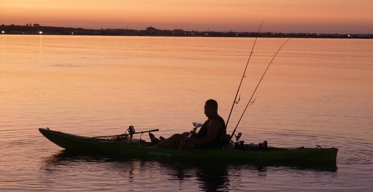 Essential kayak fishing tips for beginners