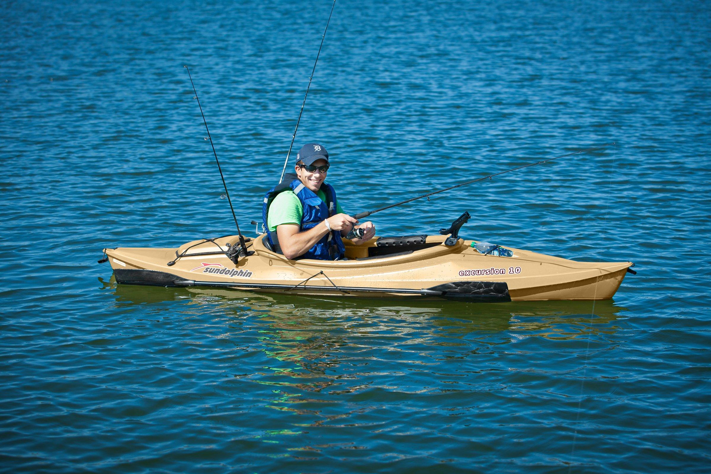 Sun Dolphin Excursion 10 Fishing Kayak Review 6